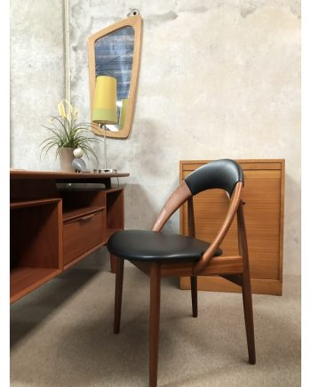 Rare Danish vintage 'Hoop Chair' in situ   Arne Hovmand Olsen
